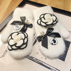 gloves for women Big Flower women rabbit fur Gloves For Women finger less Female Mittens white gloves Free Shipping Y191109