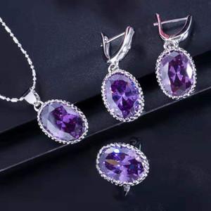 Nuevo conjunto de collar de diseño único Platino 18K chapado en oro blanco Gran anillo de cristal CZ Pendientes de collar Conjunto de joyas de mujer para novia para boda