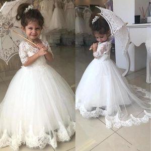 Bella Abiti Flower Girl per Matrimoni mezzo del manicotto V del collo Appliques del merletto sweep treno Compleanno Bambini abito del partito vestito della prima comunione BC2526