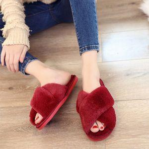 TINO KINO Kış Kadınlar Ev Terlik Sıcak Kabarık Faux Kürk Bayan Çapraz Yumuşak Peluş Kürklü Açık Burun Ayakkabı Moda Kadın Y200424