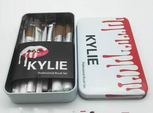 Maquillaje de alta calidad de la edición limitada del sistema de cepillo con el bolso Kylie Jenner maquillaje sombra de ojos cepillo 12pcs / Set de maquillaje herramientas de envío