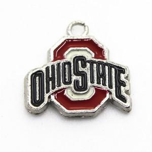 État de l'équipe NCAA Ohio Buckeyes 20pcs / lot Sport Dangle Charms Bracelet bricolage collier pendentif bijoux Charms suspendus