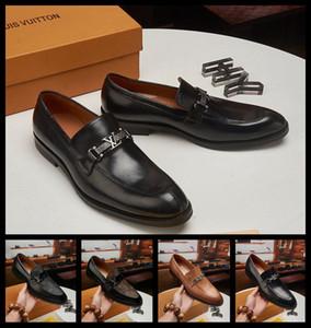 20ss 2019 Luxo Shoes Italian Style Doug Shoe Suede Sapato de bico fino Loafers vestido de casamento Shoes Novo Design designers de negócios Shoes