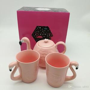 Rose Flamingo Mug Suit Céramique Eau Tasse Théière Coffeware Ensembles Tumbler Tête D'oiseau Forme Poignée Café Pot Vente Chaude 32swb1