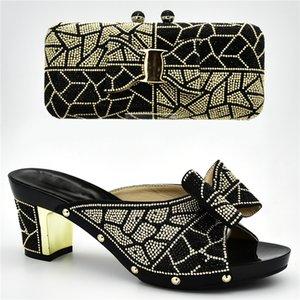 Новое поступление итальянская обувь с соответствующими сумками для свадьбы Италия нигерийские женщины свадебная обувь и сумка комплект украшенный стразами