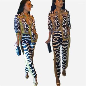 2pcs Costumes de luxe Or lambrissé Mode Pantalon large Legged Chemises Designer Costumes Casual rayé Femmes Imprimer