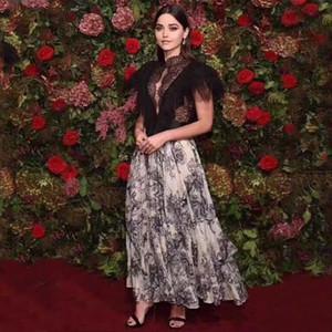 Vestido de diseñador de lujo para mujer Runway Sexy Hollow Out Perspective Vestido de estampado de animales con tinta de costura de encaje negro