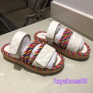 2020 de calidad superior de las nuevas mujeres del diseñador camillia sandalias negras blancas sandalias de lujo de la manera del verano del cuero diapositivas planas talón de la manera zapatos de la playa