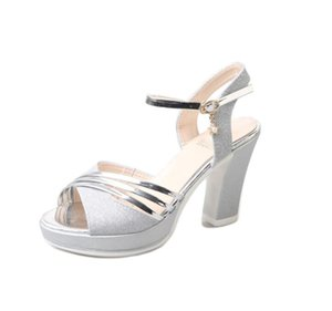 Plataforma Sandalias de tacón áspero Moda 2019 Verano Mujer Zapatos Oro Plata Extrema Tacón alto Mujer Sandalias Altura del talón 10 CM
