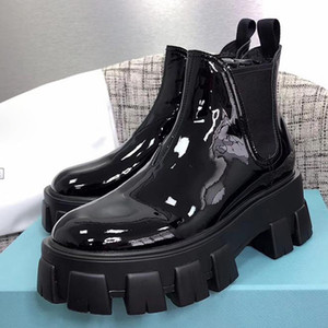 Hot 2019 Designer Frauen Schuhe Mode britischen Boots-runde Zehe Martin Stiefel Lackleder Thick Boden Runde Zehen Perfekte Offizielle Qualität