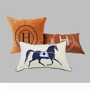 Luxo bordado Pattern Letter H Círculo de linho Signage H flanela e PU Pillow Material Case Capa de Almofada Família Tecido Decoração