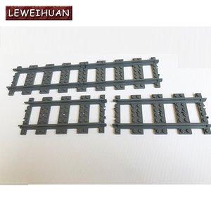 10-100Pcs / Çok Şehir Legoings Uyumlu Düz Raylar Yapı Taşları Tuğlalar Modeli Çocuk Oyuncak Hediye Tren Parça Rail Trenler