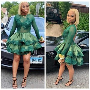 Elegant Homecoming Dresses Short Green Prom Dresses Lace Applique Scoop Neck Long Sleeves Illusion Tulle Tiered Skirt Cocktail Party Dresses