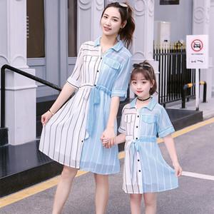 Robe d'été 2019 mère fille robes bébé fille vêtements fille robe Stripe bleu et blanc