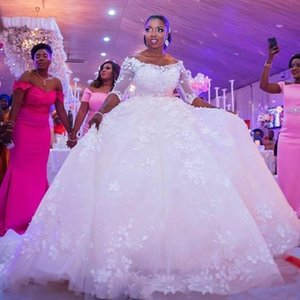 Gorgeous Plus Size African Ball Gown Abiti da sposa Bateau Neck Mezza manica Diamanti di lusso 3D Appliques floreali Turchia Istanbul Ball Gowns