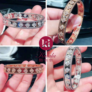Honghong Clover modello Cubic Zirconia Bracciale e Bangle Clover Hollow Design elegante e stile elegante Bridal Jewelry
