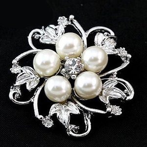 Elegant Imitation Pearl Crystal Round Brooches Pin For Women Hat Backpack Scarf Accessories Beautiful Wedding Bouquet Buckle Breastpin