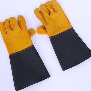 Unisex couro Soldagem Glove Defesa isolamento térmico Welding Metade Luva Dois Couro de couro Camada