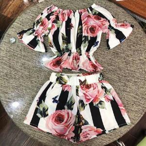 2 adet Yürüyor Çocuk Kız Giyim Seti Şerit Çiçek Tunik Tops + şort Kıyafetler Set Giyim 1-6y