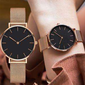 Famosa marca de moda PETITE Assista Vestido Mulheres Quartz Relógios Ladies Top Marca de luxo designer DW relógio de pulso Girl Clock Relógio Feminino