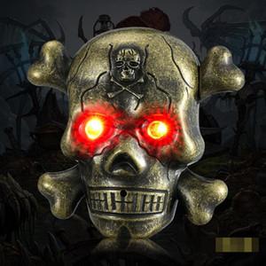 Novità colorato fantasma USB ossa del cranio in lega di zinco Accendino Elettronico Horror Illuminate Eye suono ciclico di ricarica per la sigaretta Smoking Pipe