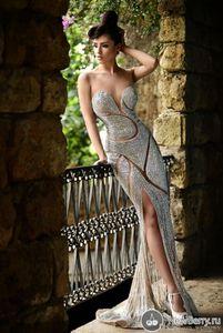 Custom Made Yeni Boncuklu Abiye Lüks Mücevher Rhinestones Şeffaf Jewel Korse Denizkızı Kat Uzunluk Red Carpet Ünlü Abiye
