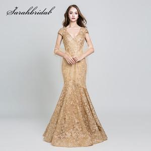 2019 Vestidos de noche elegantes Largo bordado de encaje de oro Sexy con cuello en V Sin espalda Mangas cortas Madre de la novia Vestidos formales 547