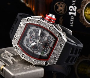 2020 di modo del Mens Sport Watch Shinning Orologi diamante dell'acciaio inossidabile Iced guardare tutti Dial orologio della cinghia di lavoro cronografo in gomma R-maschio