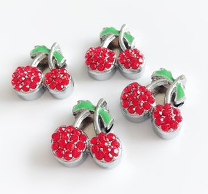 10 Adet 10mm Kırmızı Rhinestone Kiraz Meyve Slayt Charms Boncuk Fit 10mm Bilezikler Bileklikler, Yaka Kemer kayışları