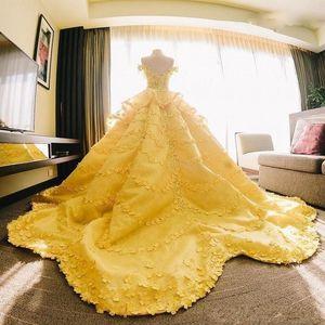 어깨 레이스 아플리케 계층 신부 가운 사우디 아랍어 웨딩 Vestidos 맞춤 제작 끄기 2020 놀라운 볼 가운 웨딩 드레스 노란색