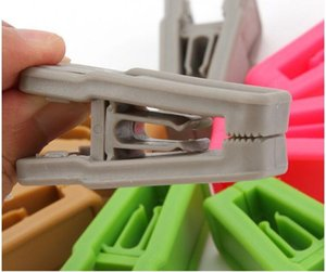 Resuable Tie Clip Universal Wet And Dry Clothes Hangers Easy To Use ABS Plastic Clothespin No Trace