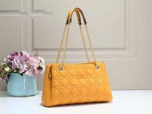 Новая мода 2020 Дизайнер Luxury Chain Простой одно плечо Внутренний отсек большой емкости Crossbody сумка на складе
