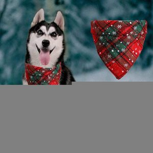 hot Christmas Pet Scarf Triangle Bibs Dog Bandanas Plaid Snowflake Kerchief Costume Accessories for Pet SuppliesT2I5625