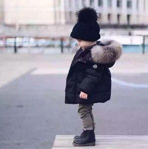 Jacket Hot Crianças de Down espessamento Pato Branco Quente Brasão Baby Girl Boy Big Raccon Fur Parkas dos meninos da criança Down Jacket Quente