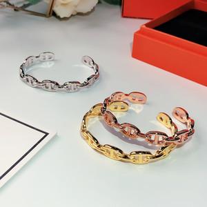 Heißer Verkauf S925 Silber Classic für Frauen Brief Runde Einfache Schmuck Armreif Set Qualität Goldene18k Vergoldung Superior Qualität Armbänder