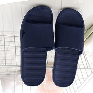 Designer Praia chinelos de verão homens mulheres dos desenhos animados Big Head Chinelos de cola superfície sapatos de cristal transparente de PVC de luxo Bath Ladies chinelos 42