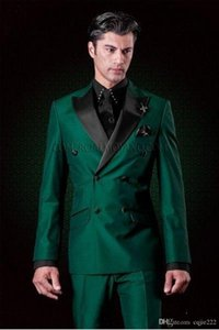 Nouveau Design classique à double boutonnage Tuxedos Green Groom Groomsmen Peak Lapel Meilleur Costume Homme Mariage Blazer Costumes (Veste + Pantalon + Cravate)