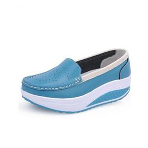 2020 ZHENZHOU весны натуральной кожи матери случайной обувь женщины качаться обувью белый медсестры обувь скольжения плюс размер