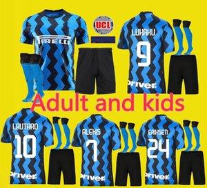 Lukaku Lautaro SKRINIAR Inter 19 20 21 Milan futbol formaları ALEXIS GODIN Barella forması 19 20 futbol üst kiti gömlek Erkekler Çocuk setleri üniforma