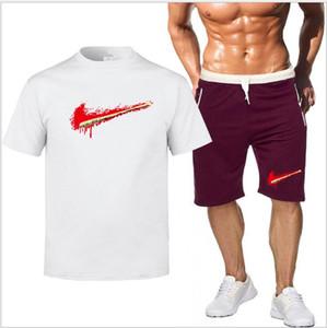 Treino Homens New Verão Two Piece Set Homens camiseta manga curta Cropped Top + Shorts terno Mens Sportwear Shorts Define Outwear