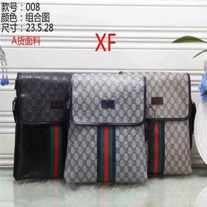 2020 High quality Italian Mens Shoulder Bags Man Leather Briefcases Men Handbag Bag Men Wedding Dress Crossbody Bag