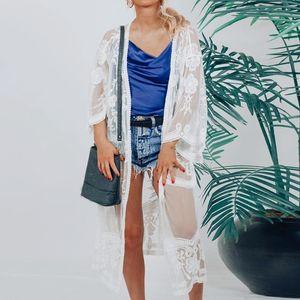 2020 Floral Lace Long Beach Capa de Verão Mulheres Semi Sheer Sólidos camisa aberta Frente Vestido Cardigan Top Ladies Blusa branca