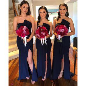 Marine-Blau-Satin-Nixe Lange Brautjungfernkleider 2020 trägerloser Bogen-Schärpe Side Split Hochzeitsgast Kleider formal Maid of Honor Kleid BM1909