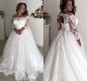 Plus Size vestidos de noiva 2020 Sheer Long Neck Sleeve apliques Illusion Sash oco Back Garden País vestidos de noiva robe de mariee