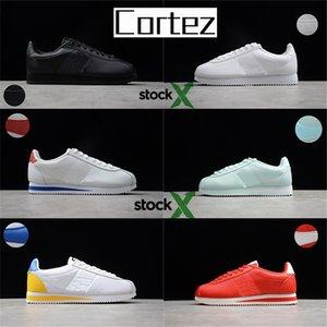 Les meilleurs hommes 2020 Cortez des femmes des originaux en cuir sport bon marché de chaussures de luxe de créateurs occasionnels hommes chaussures ultra moiré avec un stock