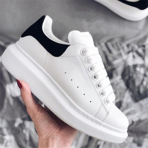 Marca clássico de New Hot Designer Homens Mulheres Moda Top Quality couro branco Low Top Sports Sneakers Velvet Glitter Shoes Flat 35-46 Com Box