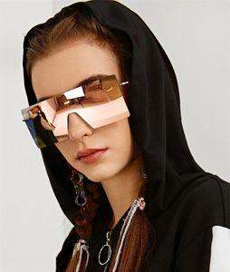 Männer Außenhandel Gläser Großhandel europäischen und amerikanische Art und Weise mit großem Rahmen und Sonnenbrillen Frauen Platz Frameless Ozean Film Sonnenbrille