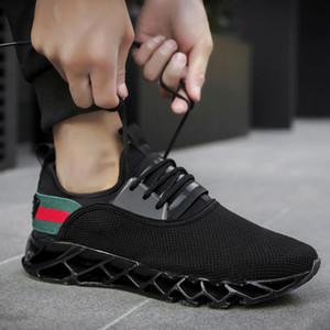Sıcak Satış erkek Bıçak Tasarımcı Sneakers Büyük Boy Moda Trendi Rahat Ayakkabılar Erkekler Uçan Dokuma Nefes Spor Ayakkabı (7-13) Ücretsiz Kargo