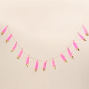 13pcs 2M Tüy Banner Beyaz Tüy Buntings ile Altın Glitter Tozlar Düğün askıbezekler Afişler Doğum Çocuk Odası Dekor
