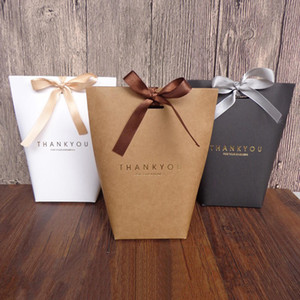 20pcs di lusso nero bianco Kraft Paper Bronzing Word grazie Packaging Wedding Party Gift Bags Wrapping Supplies